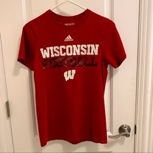University of Wisconsin Football T-Shirt Size S